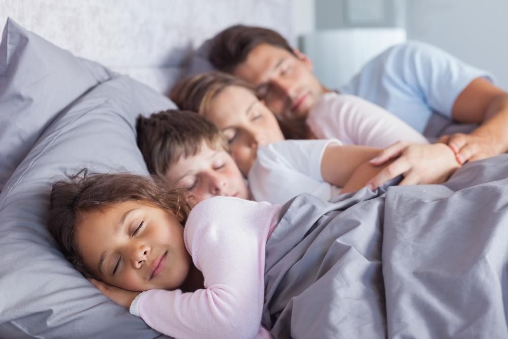 Spätestens mit fünf Jahren sollten Kinder allein einschlafen