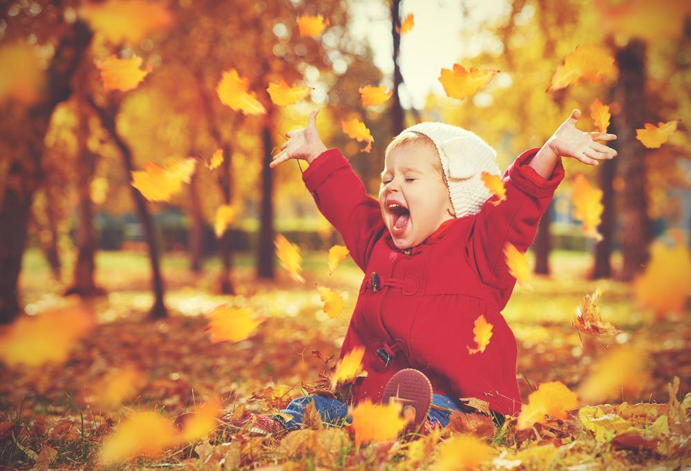 Zwiebellook: So zieht man das Kind im Herbst richtig an