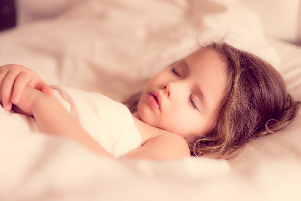 Von Eltern, die ihren Kindern Schlafmittel verabreichen