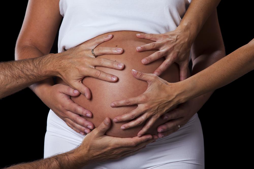 Rache ist süß: 7 Tipps wie du ungeliebte Bauchgrapscher los wirst