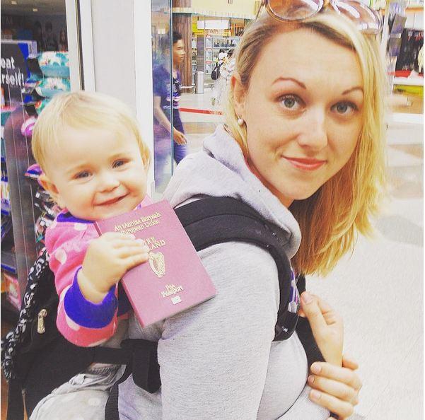 Jüngster Backpacker der Welt: Diese Mama nahm ihr 10wöchiges Kind mit auf Weltreise
