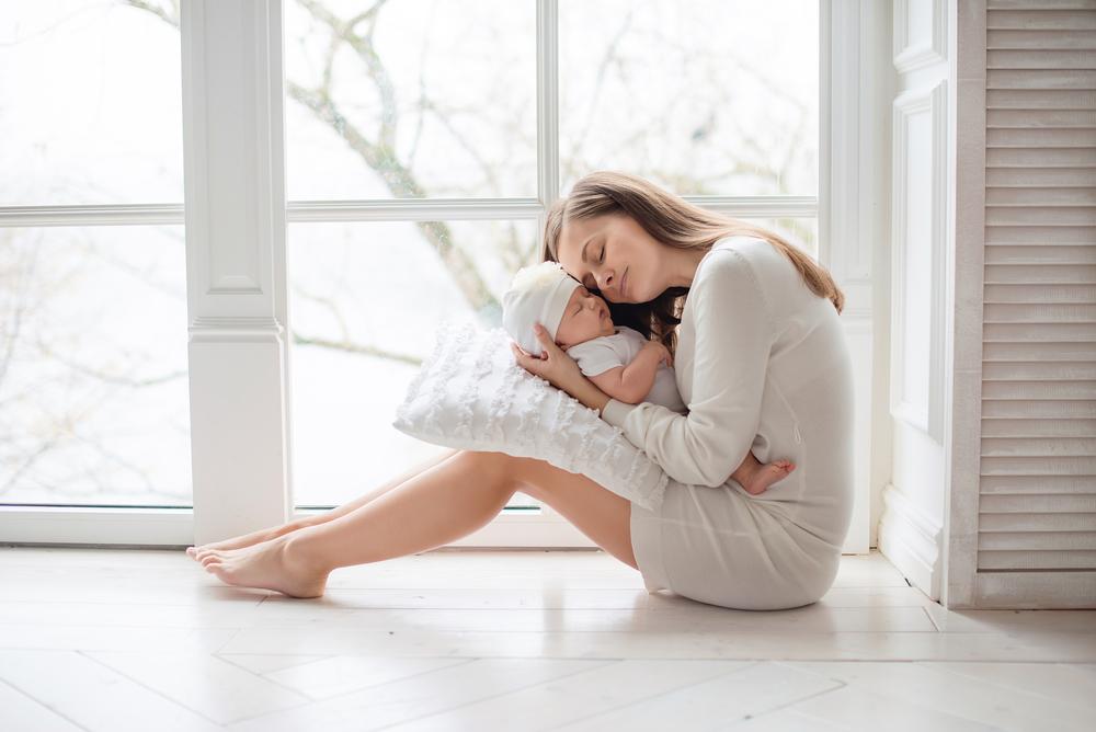 Einfache Aktivitäten mit deinem Baby bis 6 Monate