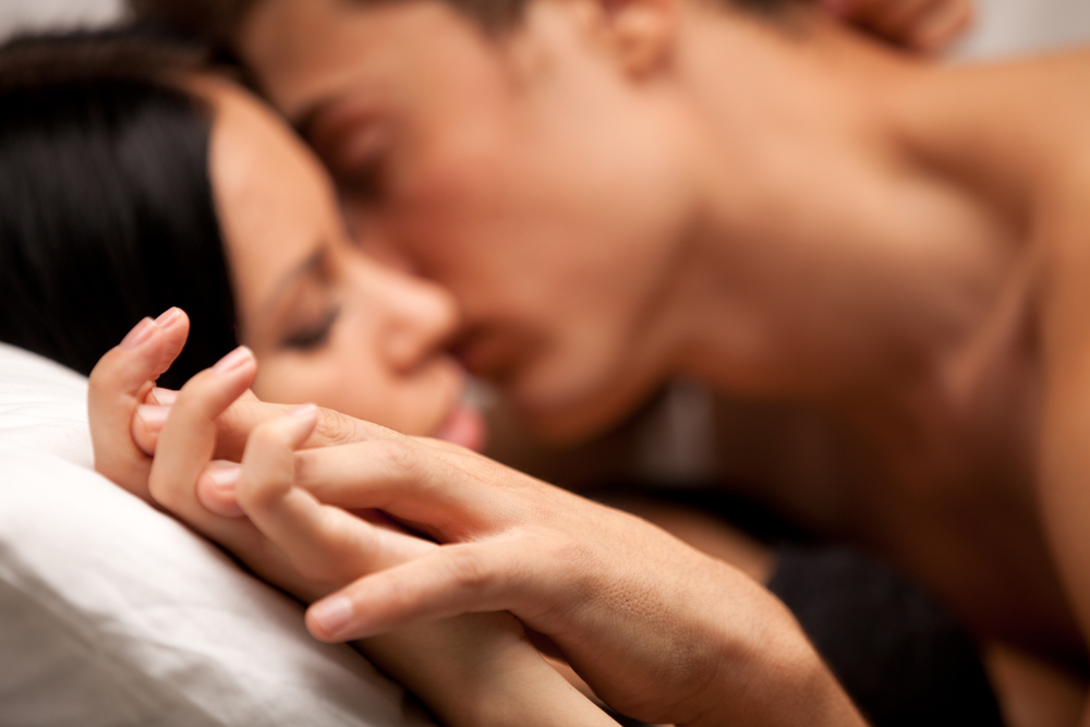 1 + 1 = 3 : Wie ihr trotz (oder gerade wegen) eurem Kind ein Liebespaar bleibt