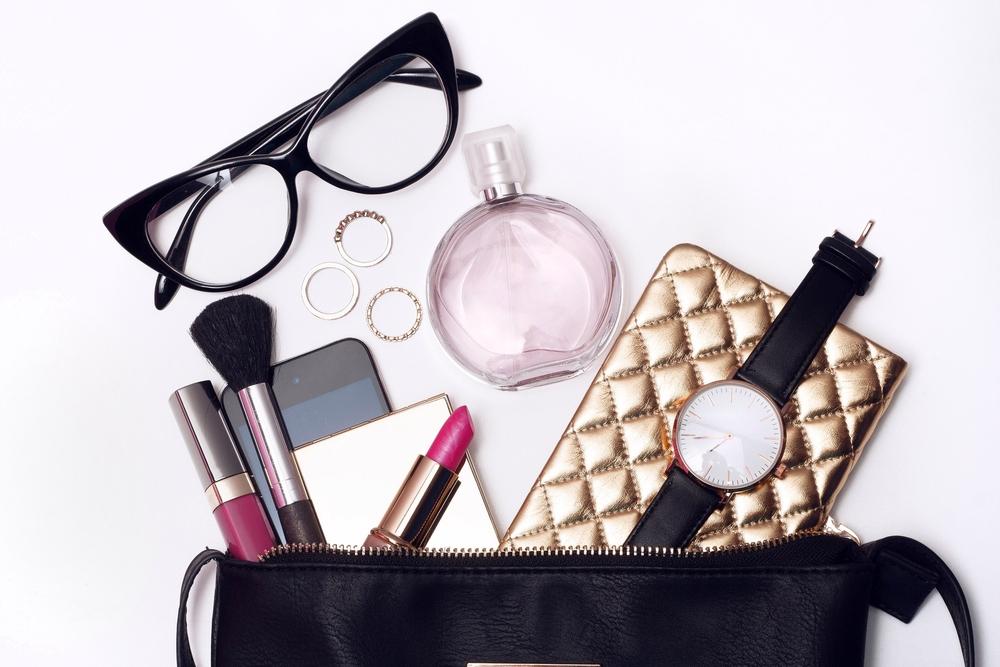 Beauty Essentials: 10 Beauty-Produkte, die jede Mama in der Handtasche haben sollte