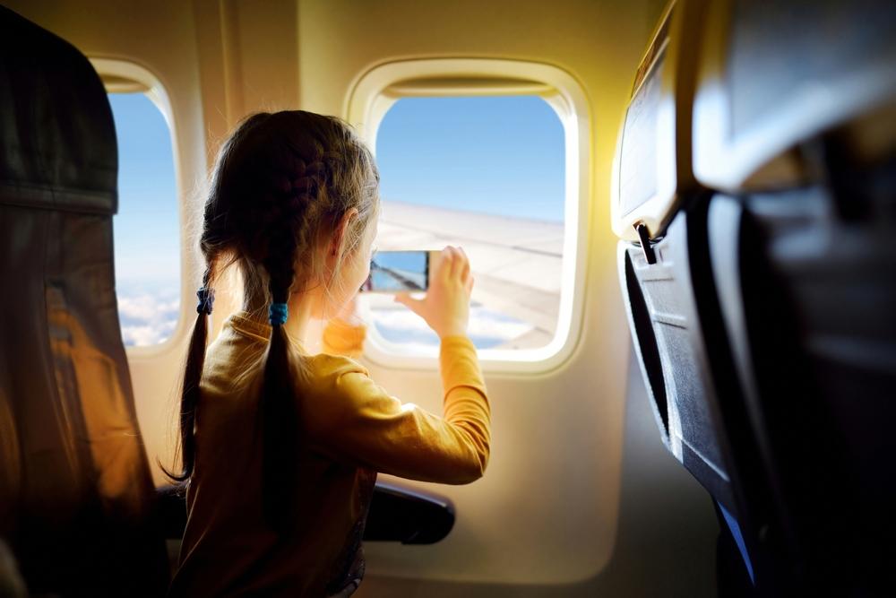 Rührend: Darum kauft eine Frau ein teures Flugticket für einen fremden Vater