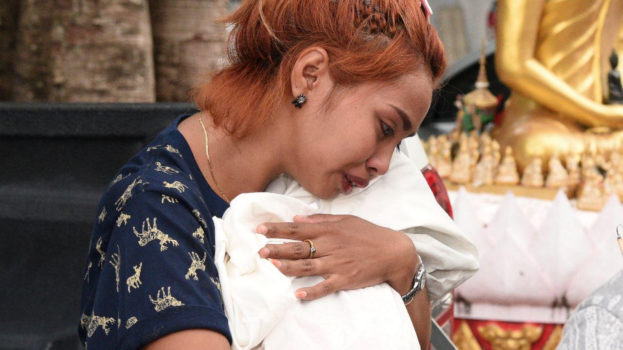Vater tötet elf Monate alte Tochter live auf Facebook