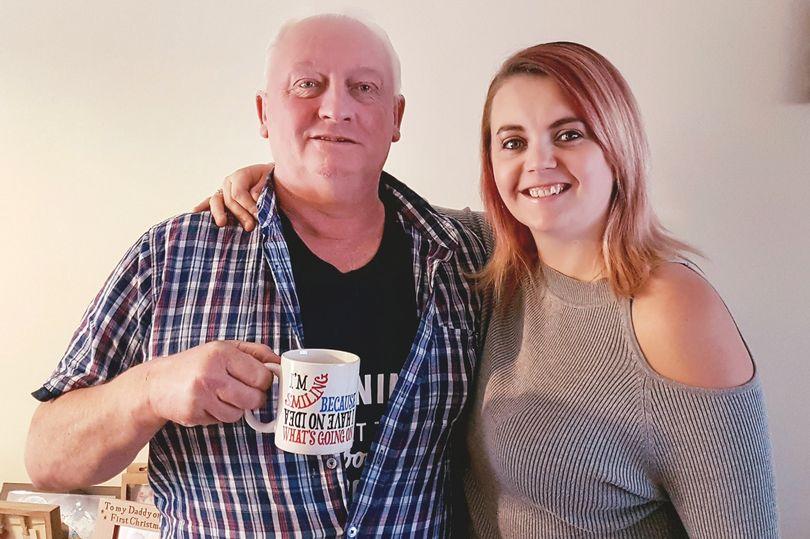 Diese Frau gibt ihren Vater Muttermilch in den Kaffee und das ist der Grund