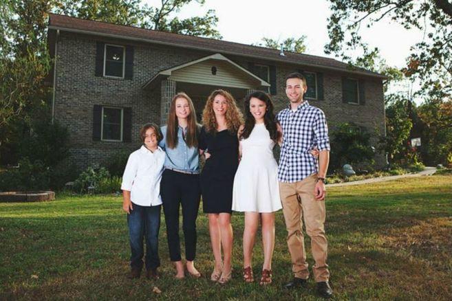 Diese Mutter hat ihrer Familie mit eigenen Händen ein Haus gebaut