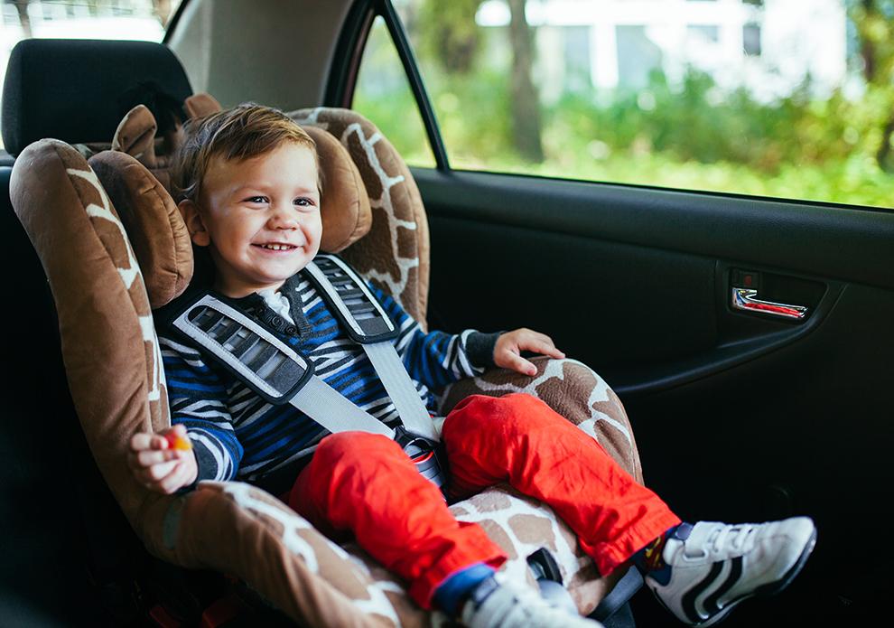 Diese Fehler solltet ihr beim Autofahren mit eurem Baby vermeiden