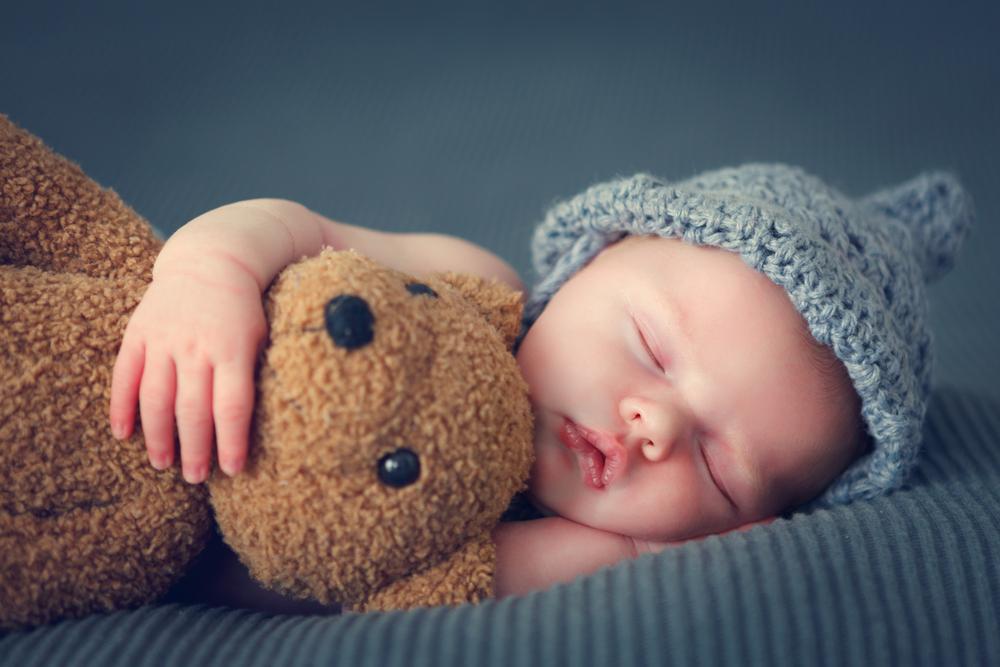 Dinge, die in Babys Erinnerungsbox gehören!