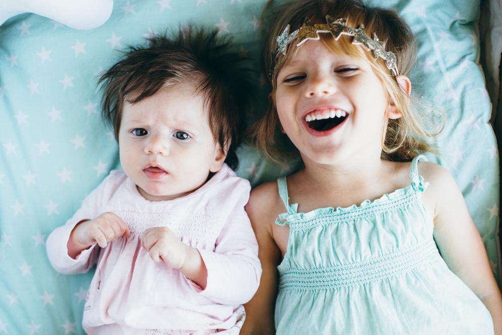 7 Unterschiede, zwischen erst- und zweitgeborenen Kindern