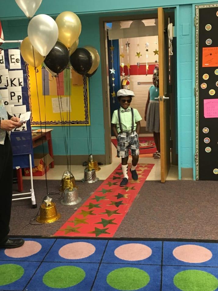 Dieser Kindergarten hat eine Million Wörter gelesen und eine Millionärs-Party geschmissen