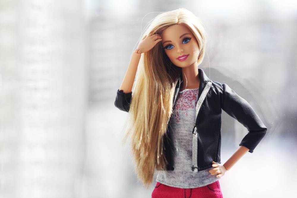 Instagram-Account mit schwangerer Barbie erobert die Welt