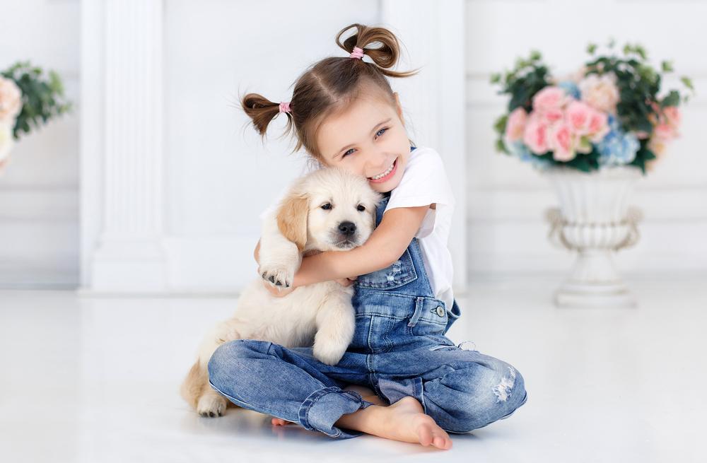 Kinder verstehen sich besser mit Haustieren als mit Geschwistern