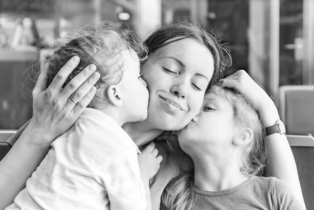 So viel sollten Vollzeit-Mütter verdienen