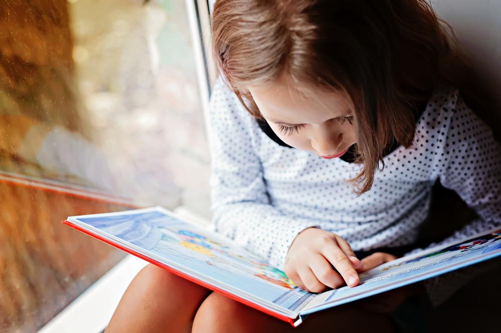 So kannst du dein Kind zum Lesen motivieren