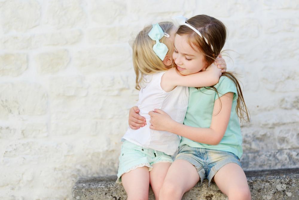 Auch kleine Kinder vermissen ihre Freunde