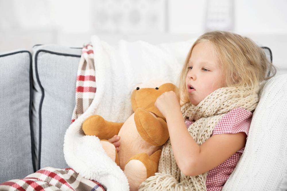 Dos & Don'ts: Wie du den Reizhusten deines Kindes linderst