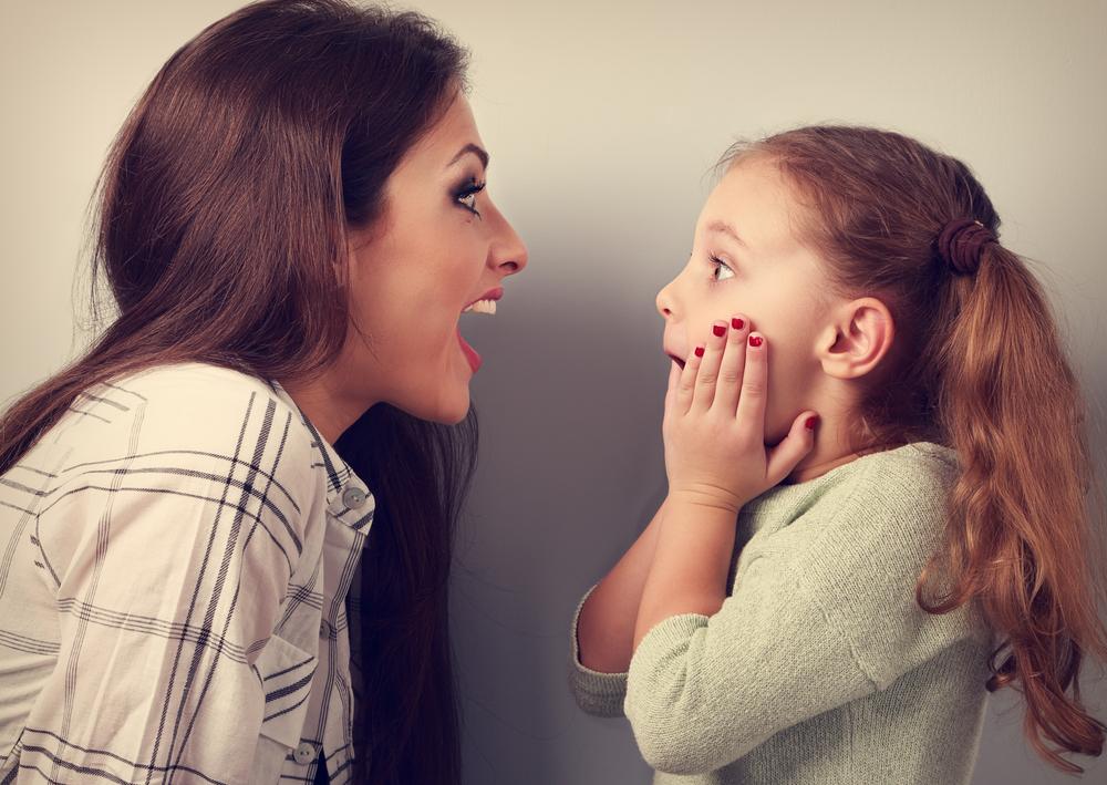 """Wie bitte?! Mütter teilen ihre schlimmsten """"ich kann nicht glauben, dass ich das grad mache""""-Momente"""