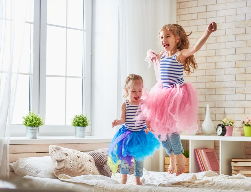 so klappt es mit dem gemeinsamen kinderzimmer. Black Bedroom Furniture Sets. Home Design Ideas