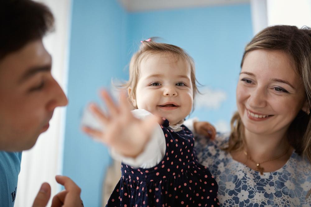 Warum du dich von deinem Kind immer verabschieden solltest, bevor du gehst