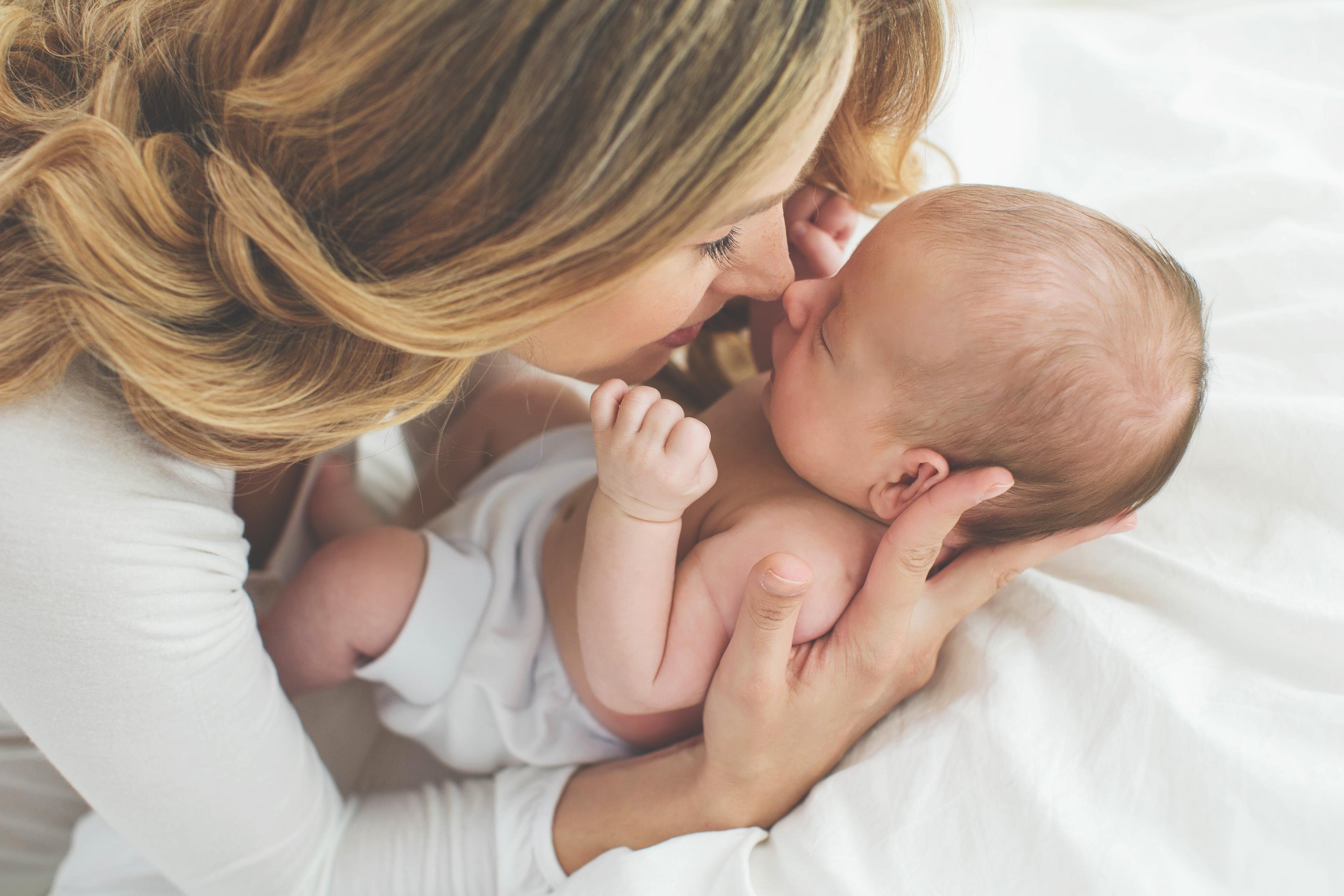 5 Orte, an denen du dein Neugeborenes nicht bringen solltest