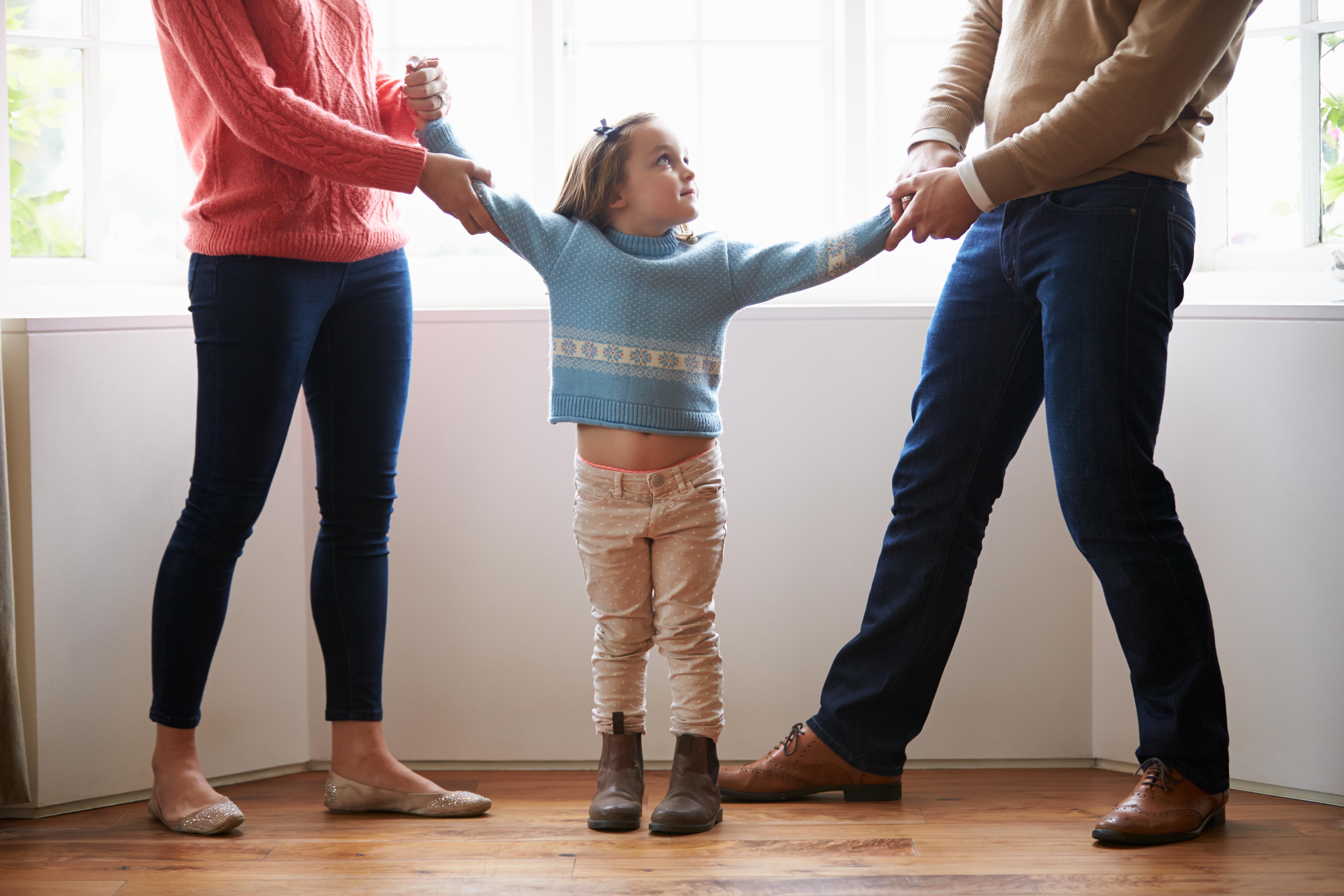 Wie bringe ich meinem Kind bei, dass sein Mama und Papa sich trennen?
