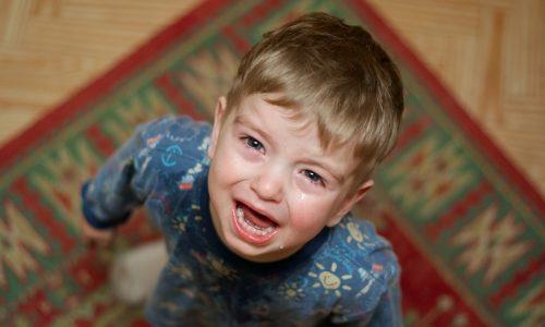 Kinder benehmen sich bei Mama schlechter und das ist der Grund