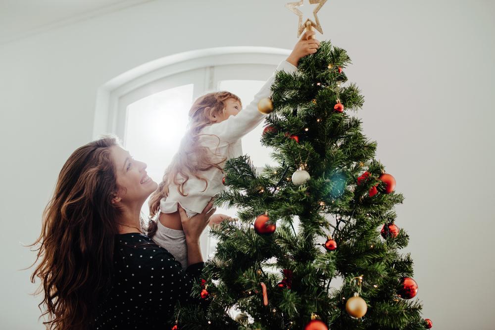 Weihnachten mit Kleinkind – Erwartungen vs. Realität
