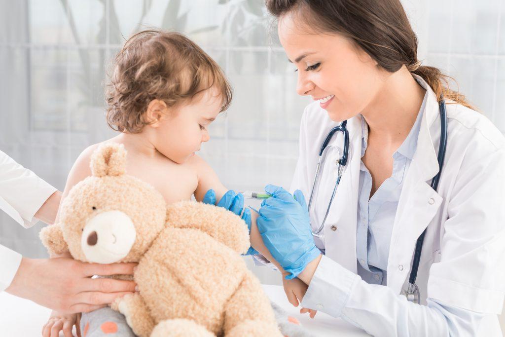 Grippeimpfung bei Schwangeren und Kindern: Das sagen zwei Kinderärzte