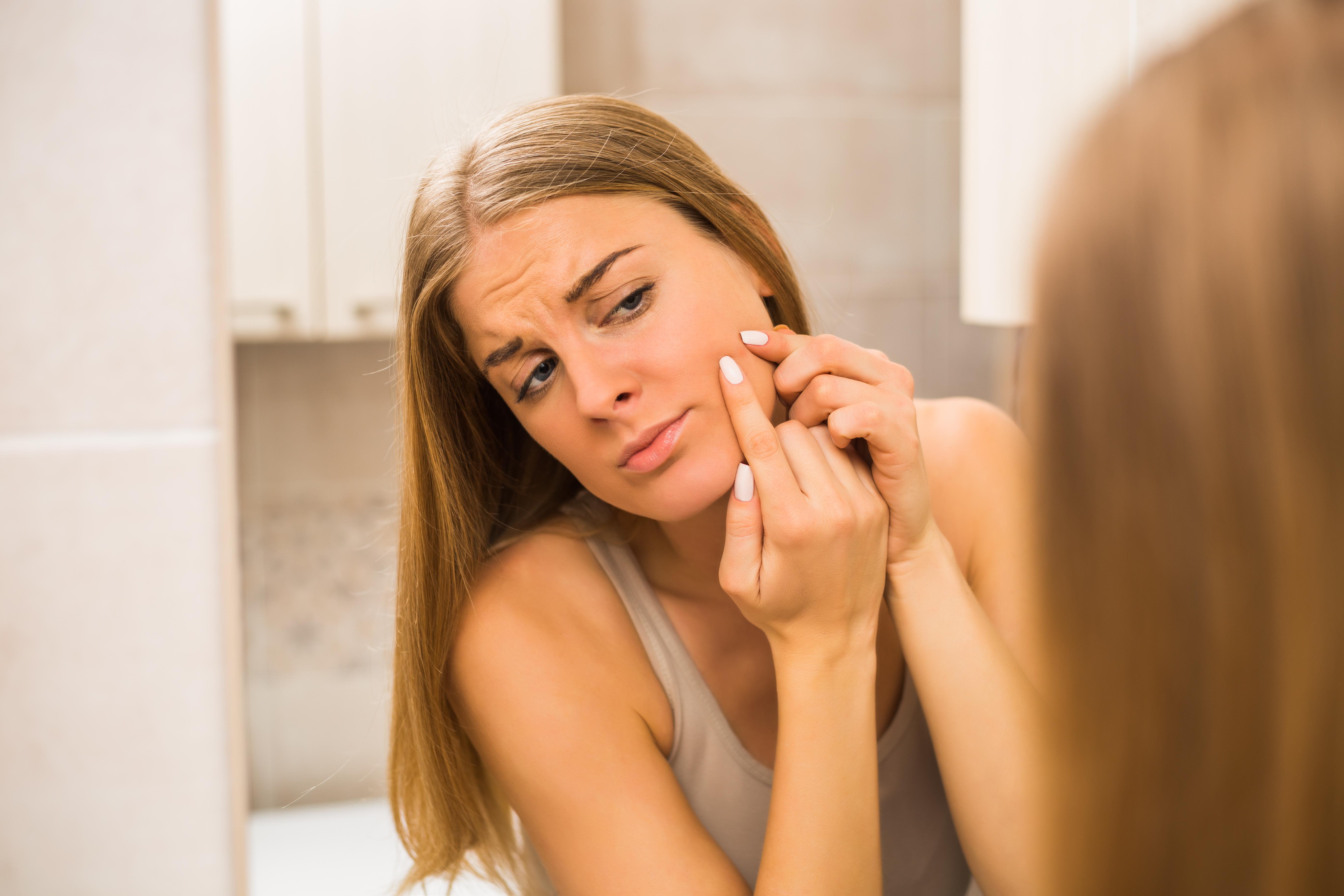 So bekämpfst du unreine Haut in der Schwangerschaft