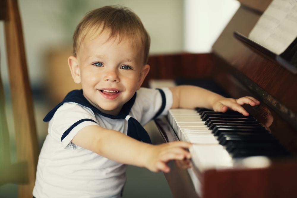Deswegen sollten eure Kinder unbedingt ein Instrument lernen