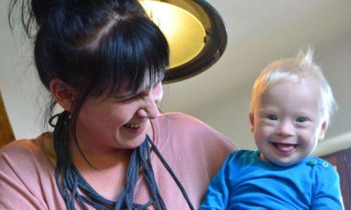 So fühlt sich der Alltag als Mama mit Downsyndrom-Kind an