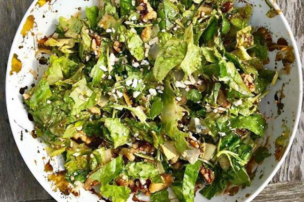 Dieser mysteriöse Salat soll die Geburt einleiten