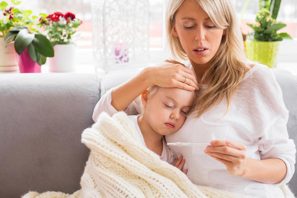 Ehrlich: 6 Gedanken, die jede Mama hat, wenn ihr Kind krank ist