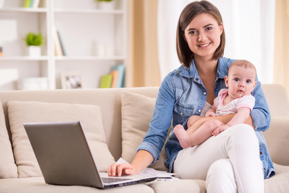Mit diesen 7 Tipps bekommst du Familie und Job stressfrei unter einen Hut