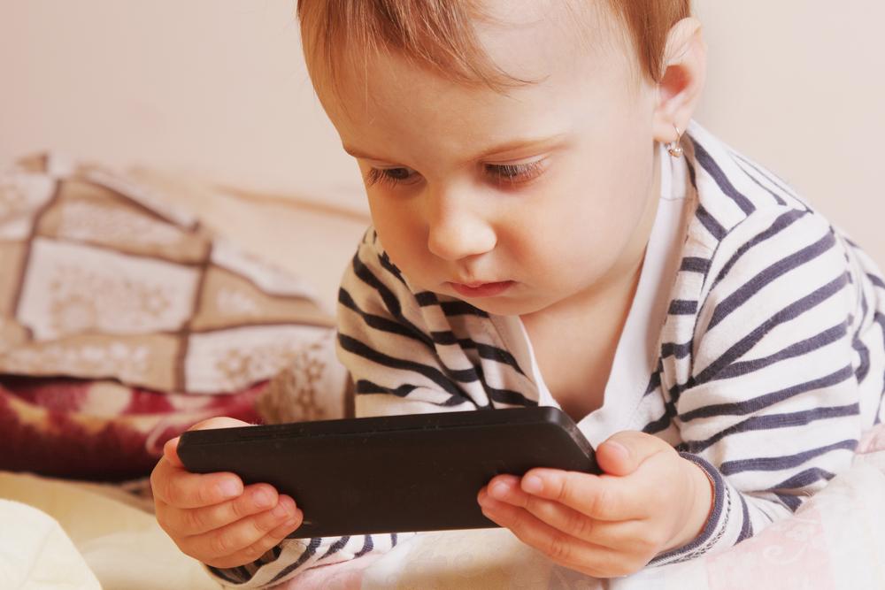Falscher Code: Zweijähriger sperrt iPhone seiner Mutter für 47 Jahre