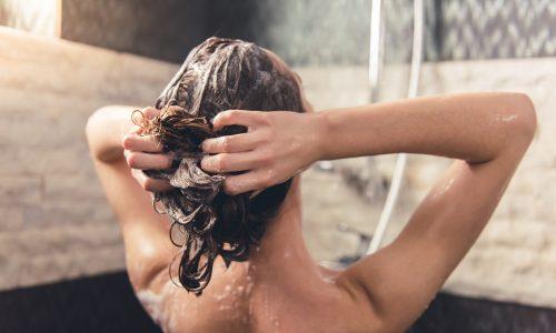 17 Gedanken, die jede Mutter unter der Dusche hat