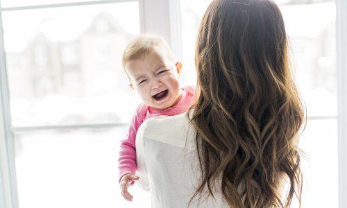 4 Gründe, warum du dein Kind immer trösten solltest
