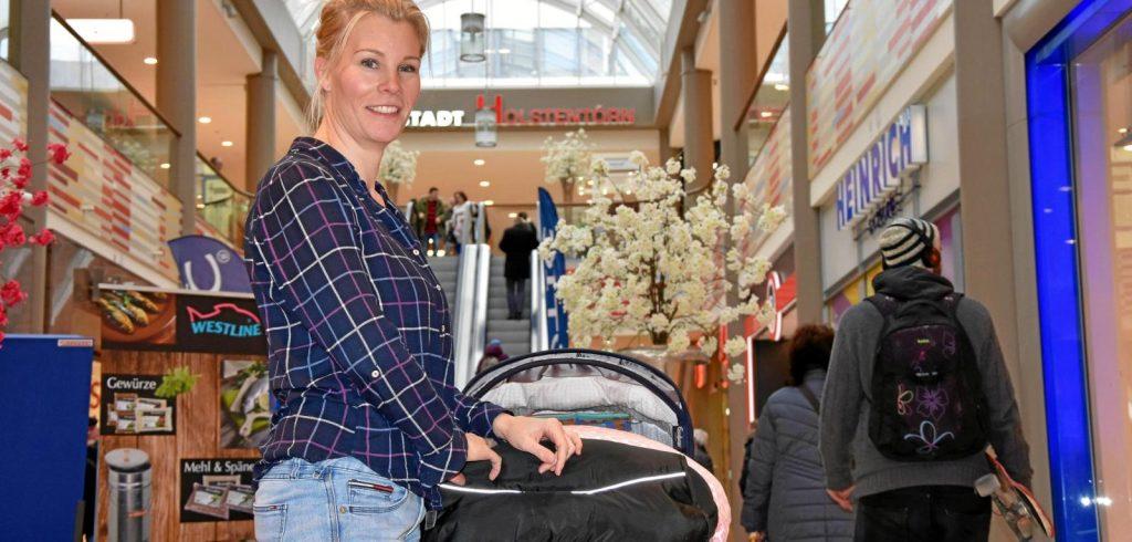 Stillende Mutter von Securitymitarbeiter aus Café verwiesen