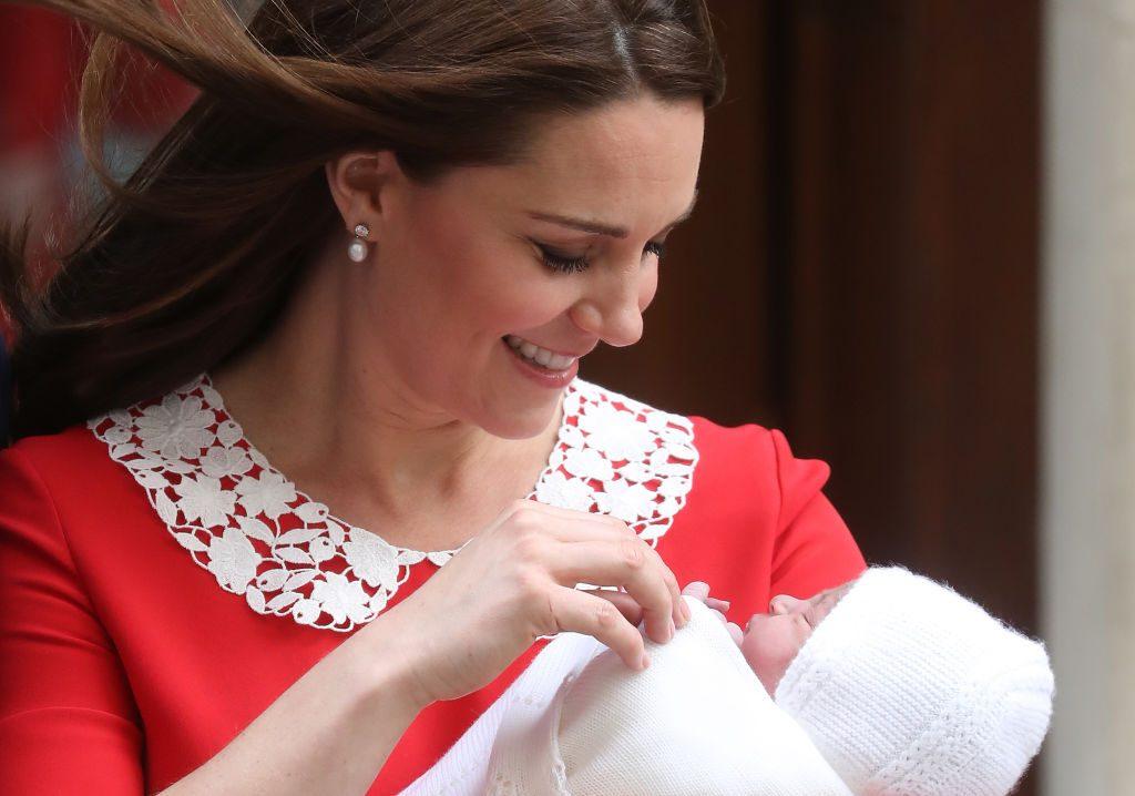 Mütter teilen ehrliche #afterbirth-Schnappschüsse als Reaktion auf die topgestylte Herzogin Kate