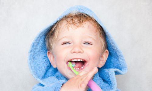 Wenn Babys ihre ersten Zähne bekommen…