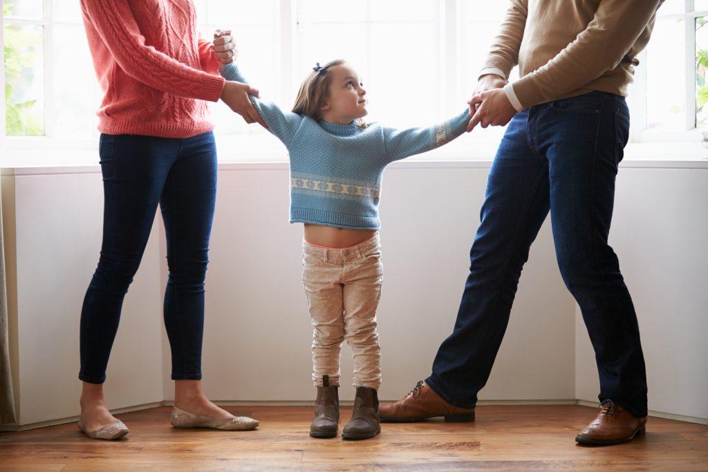 Diese 10 Sätze sollten getrennte Eltern niemals zu ihrem Kind sagen