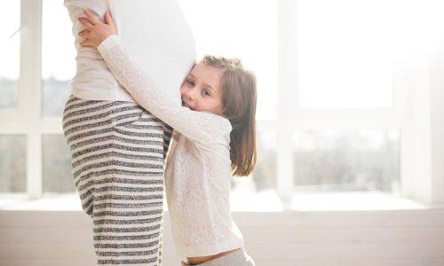 Studie: Schwangerschaft lässt Frauen um 11 Jahre altern