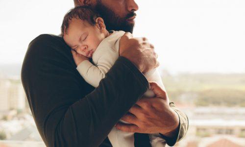 Tipps wie du Papa aktiv in die Betreuung eures Babys mit einbeziehen kannst