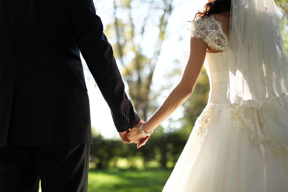 4 Fragen, die du deinem Partner vor eurer Hochzeit stellen solltest