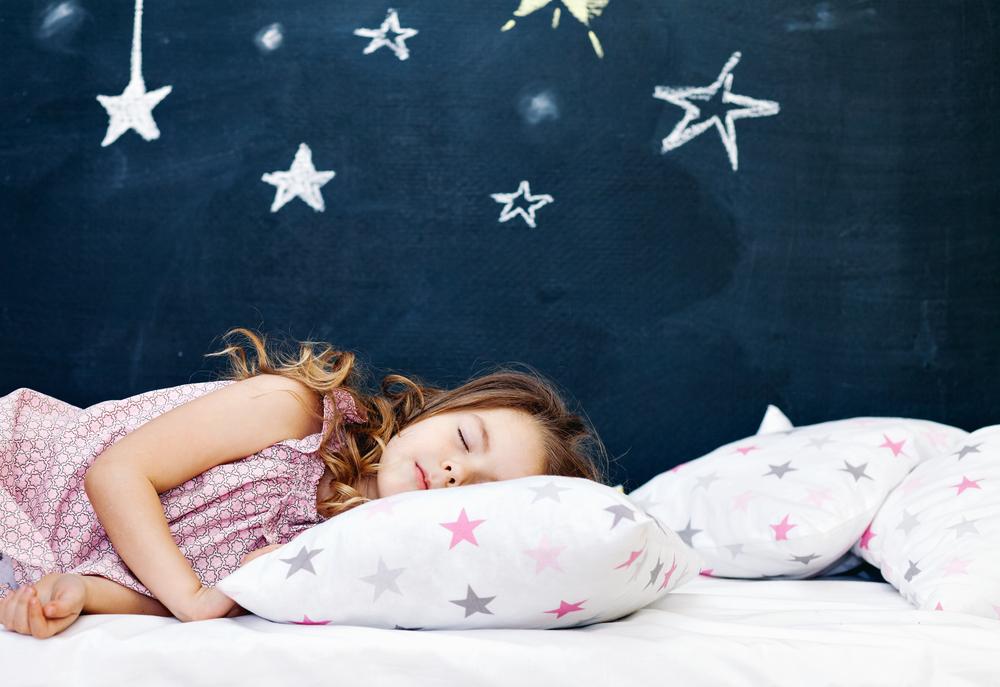 zu wenig schlaf macht kinder dick. Black Bedroom Furniture Sets. Home Design Ideas