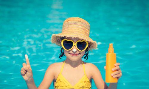 Diese 7 Dinge über Sonnenschutz solltest du als Mama wissen