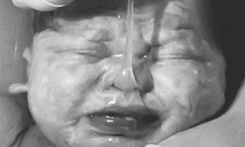 Unbegreiflich: Warum dieses Baby-Foto nicht auf Instagram sein darf