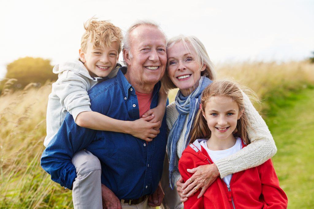 4 Tipps für den ersten Urlaub mit Oma und Opa